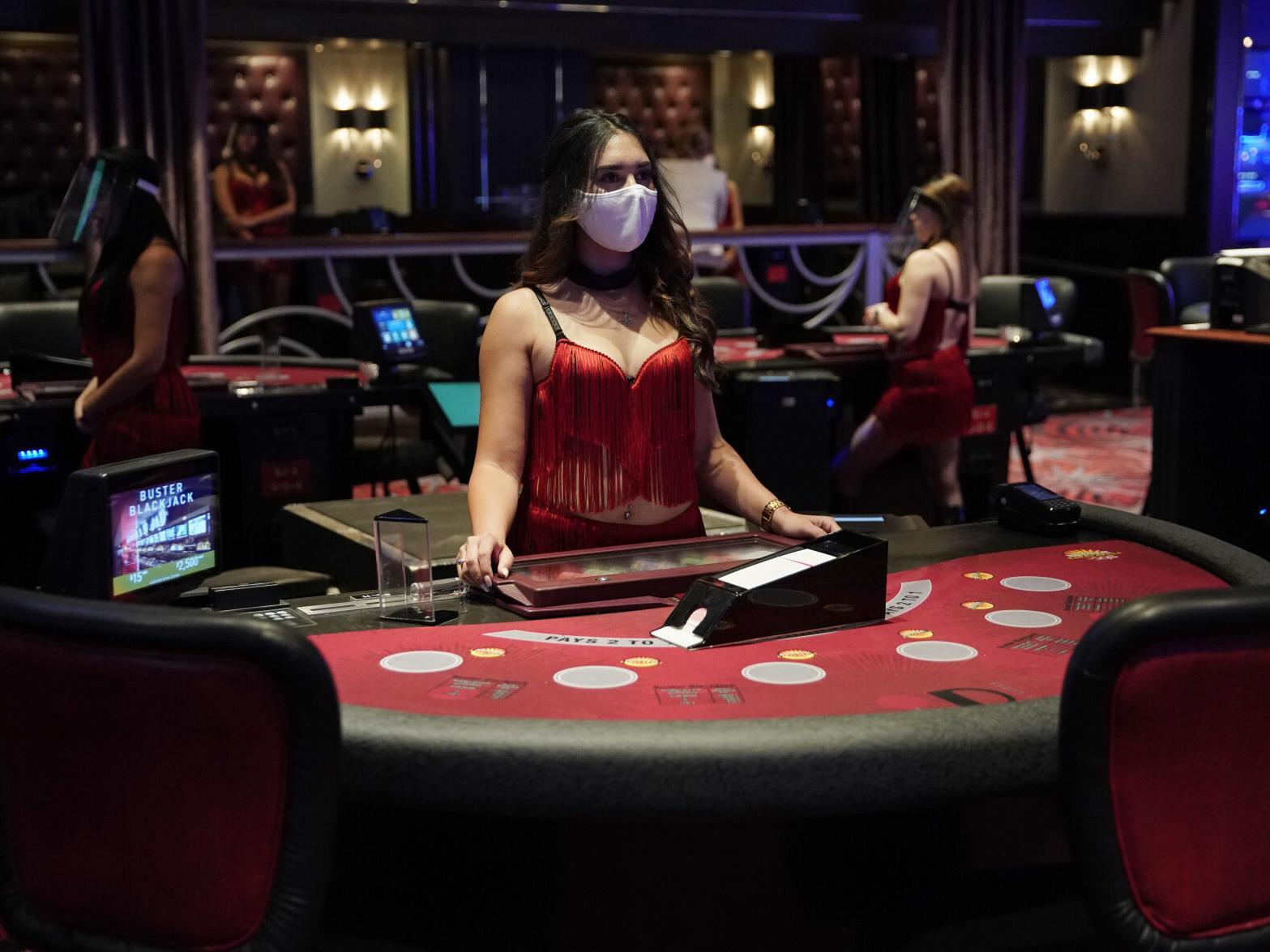 dg百家樂試玩 自動破解程式 來取得贏家人生,註冊即可擁有168免費體驗金可玩,還有美女無限直播可以看